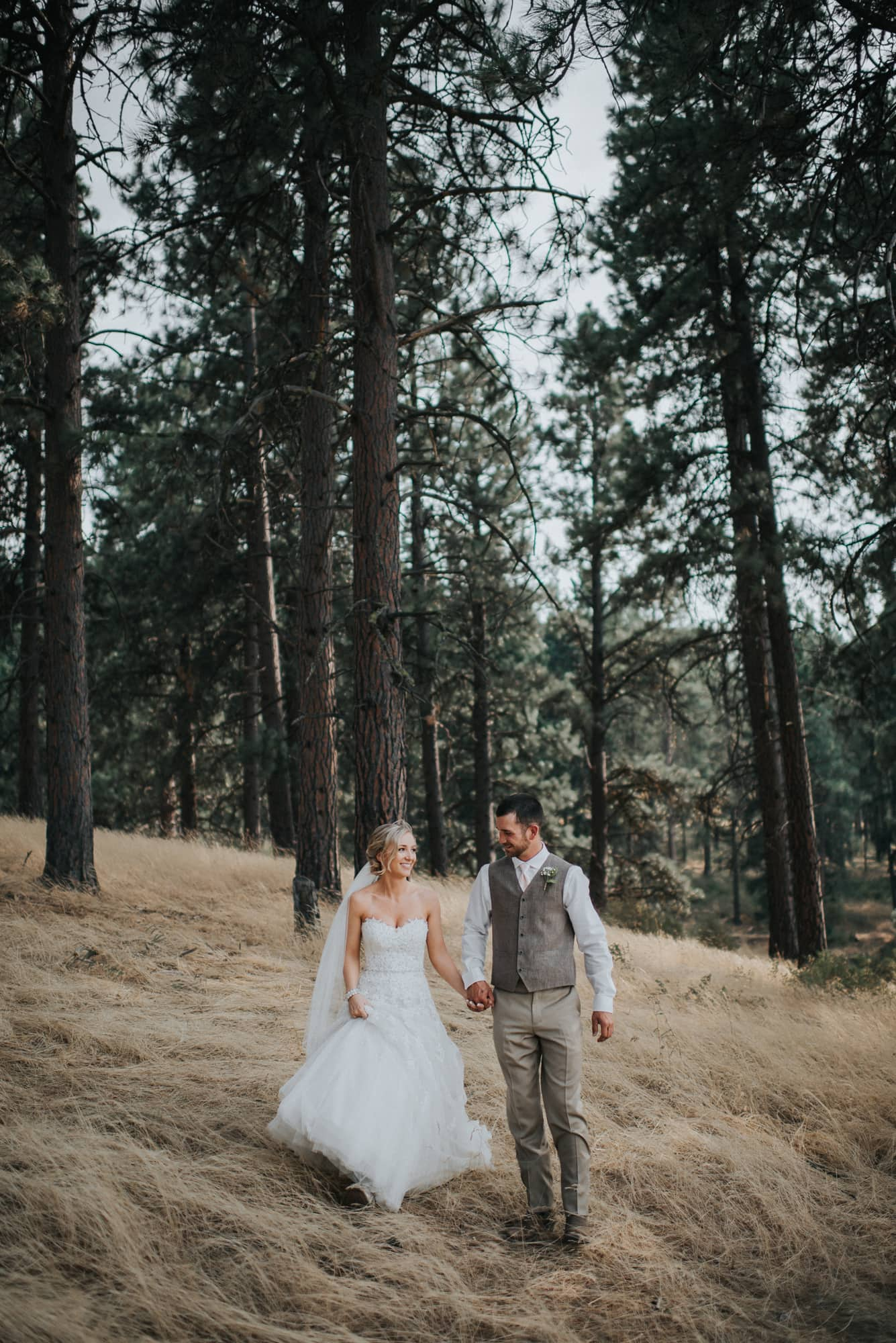 bride and grooms wedding portraits in cle elum washignton