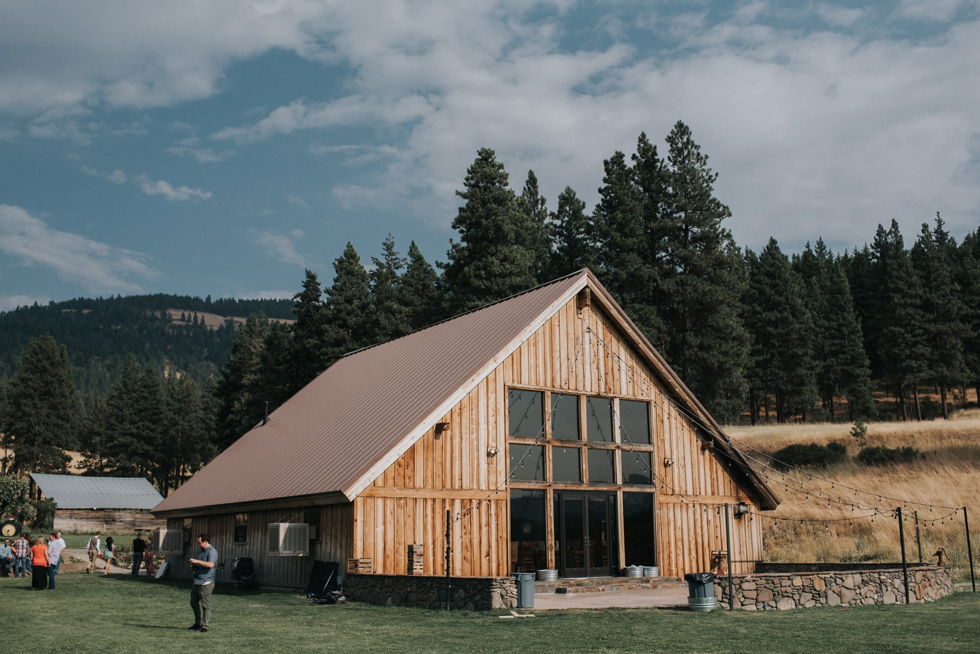 back view of the main wedding barn at the cattle barn