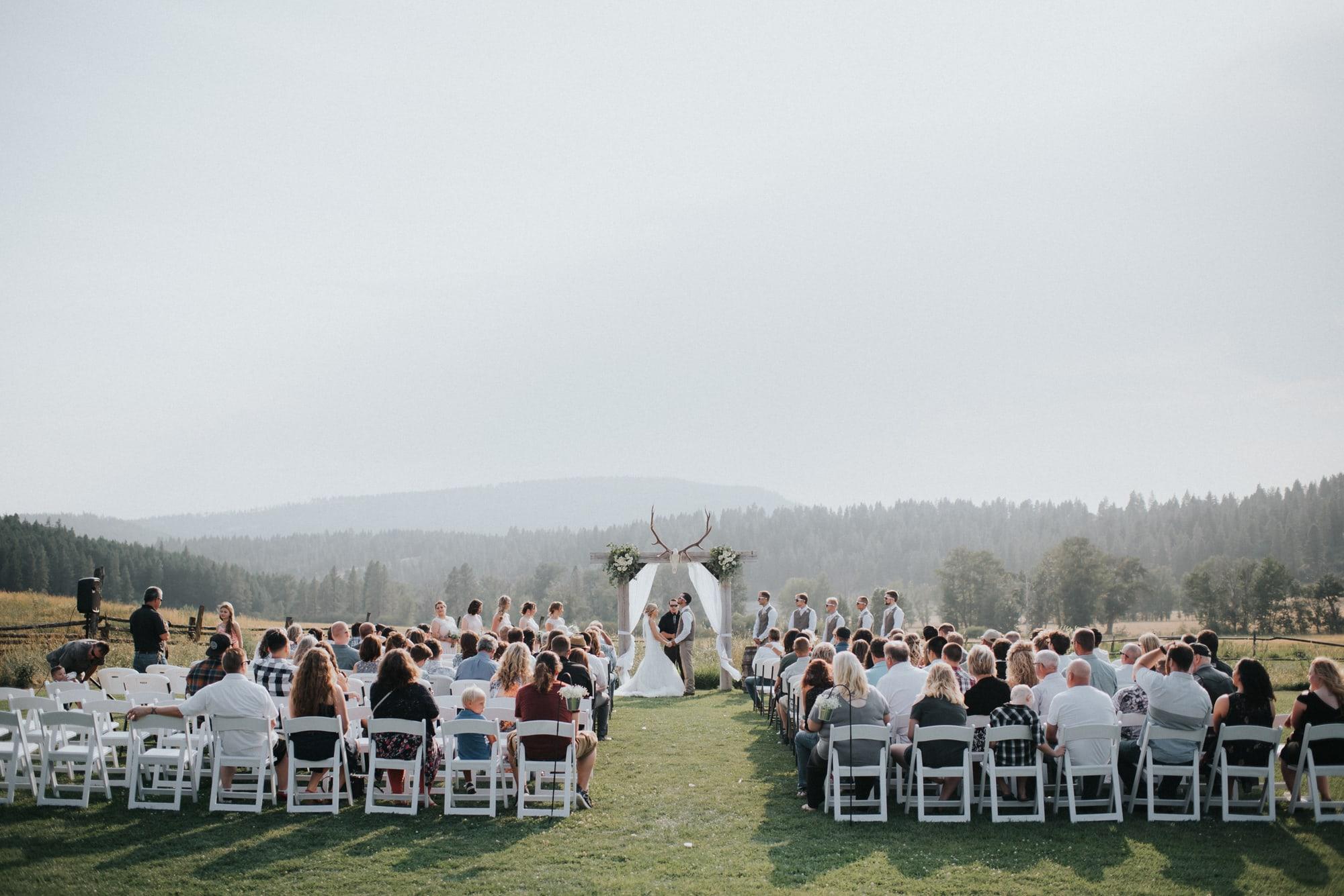 outdoor wedding ceremony in cle elum washington
