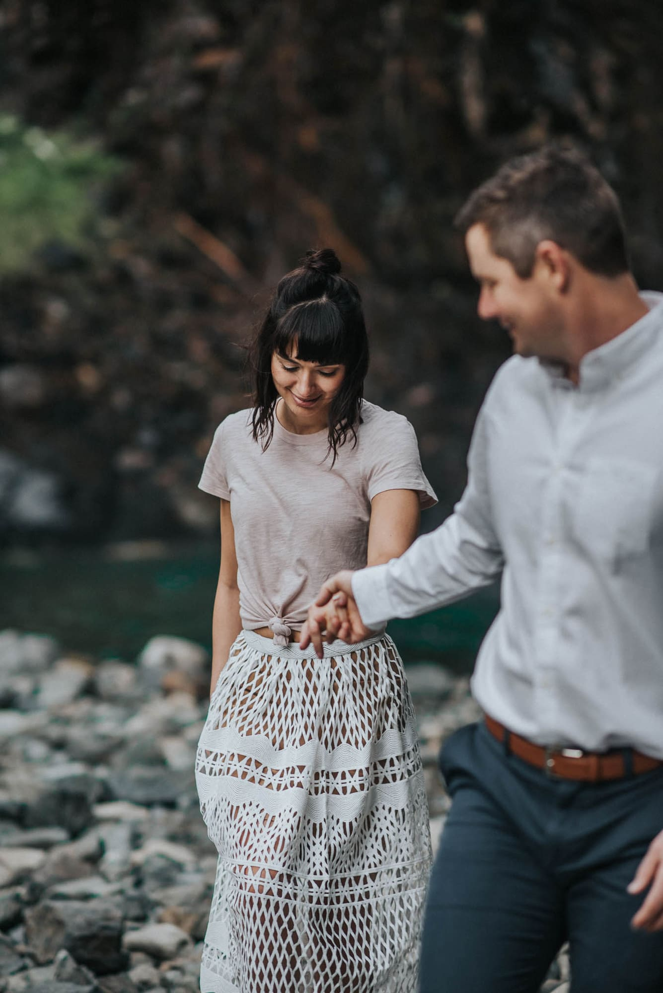 here is a photo of a sweet couple's engagement photos at franklin falls in snoqualmie pass washington