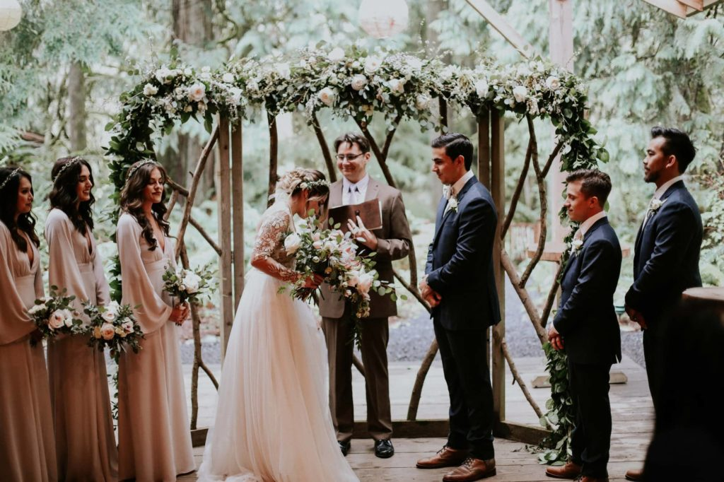 beautiful ceremony at treehouse point wedding venue