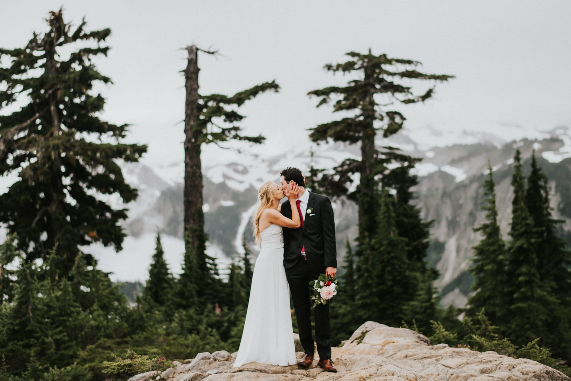 bride and groom photos at artist point with mount baker