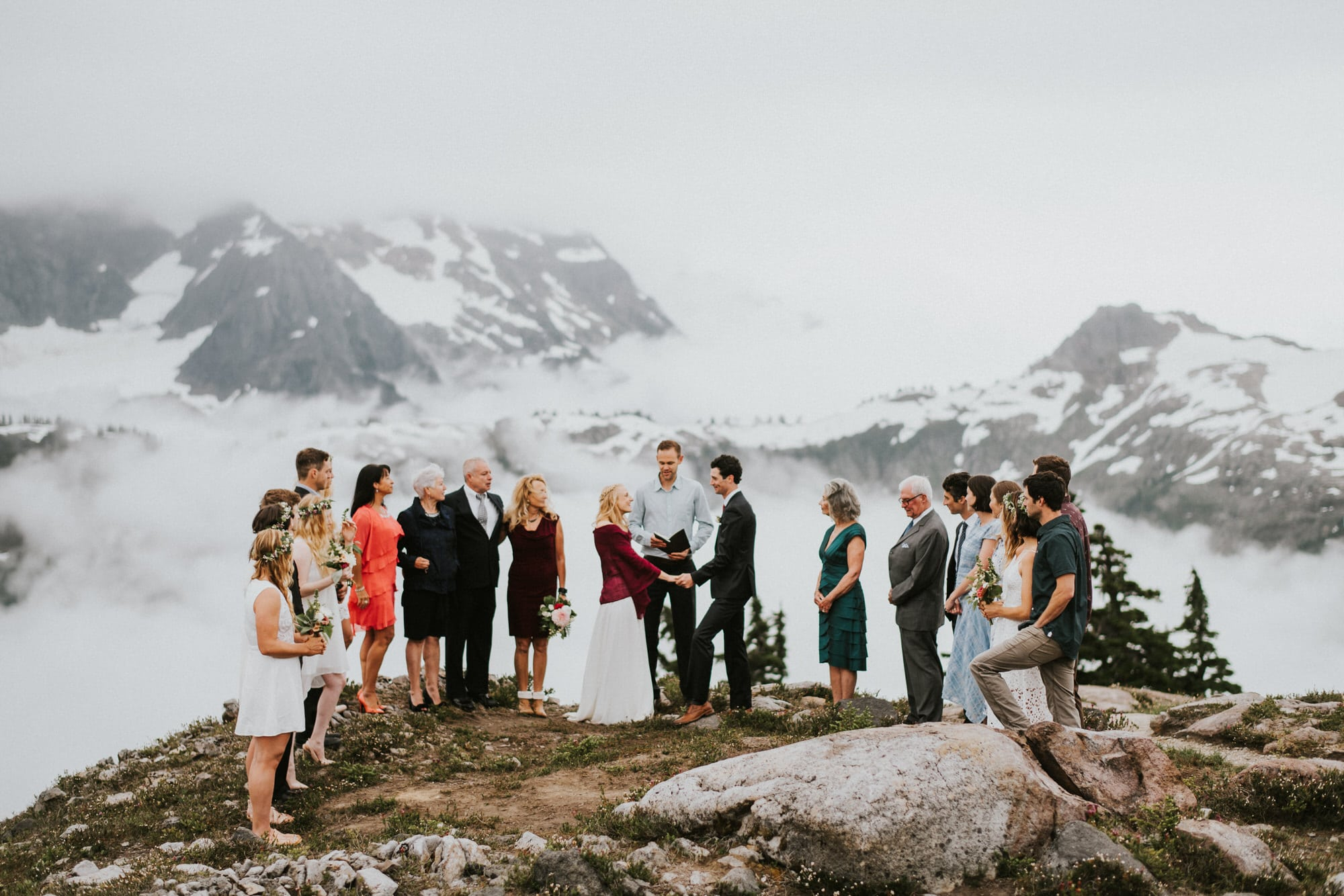 North Cascades Intimate Wedding ceremony at artist point