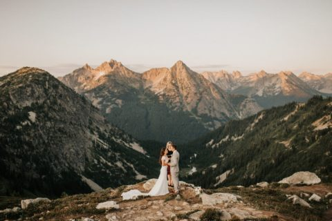 North cascades elopement wedding ceremony