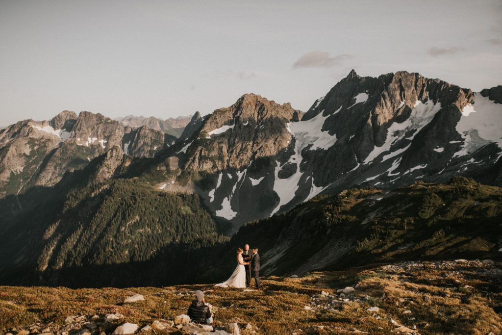 An adventure wedding ceremony in the North Cascades