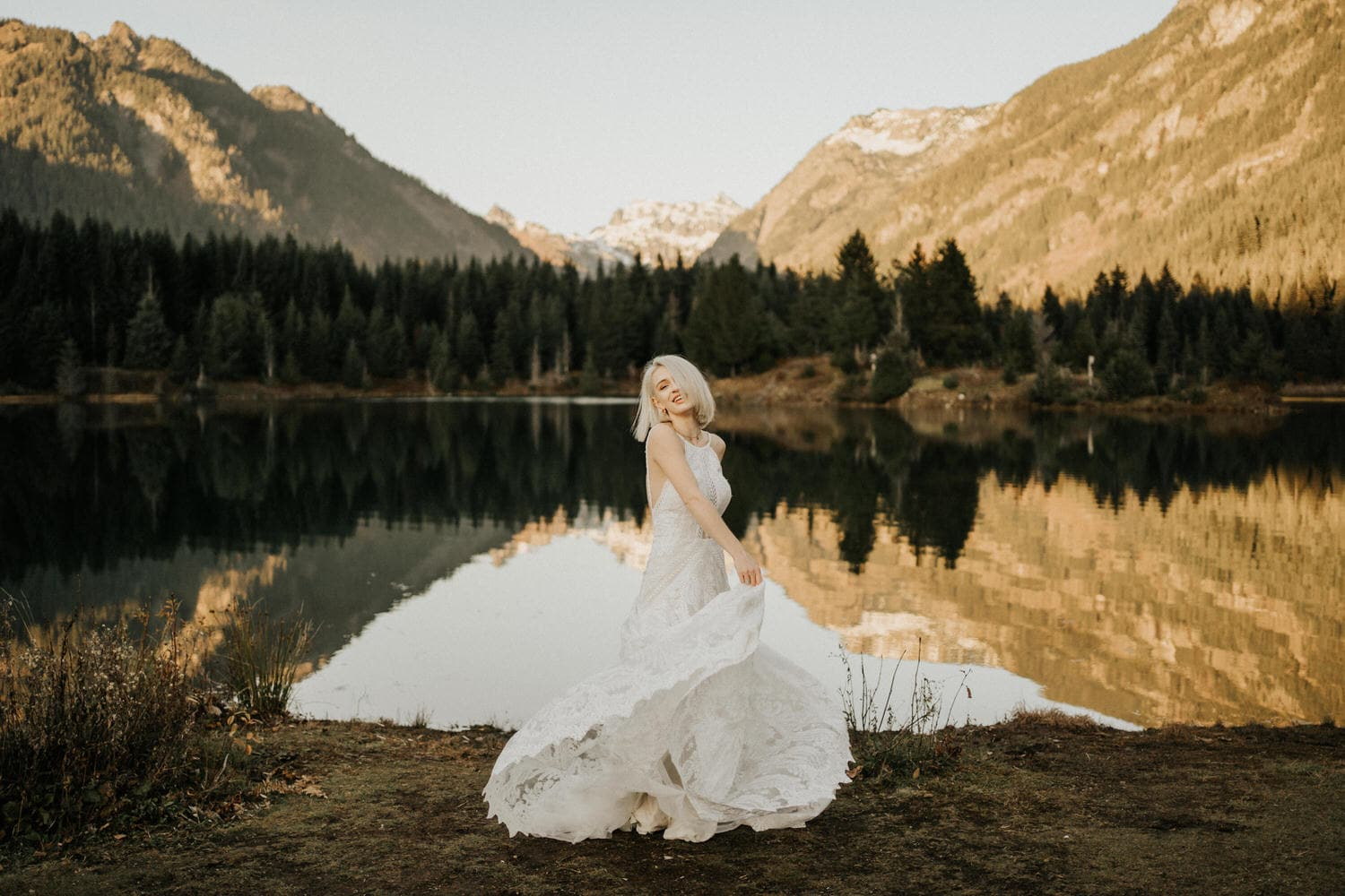 bridal portraits at gold creek pond snoqualmie pass area